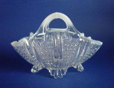 Rare Davidson's Moonshine Glass 'Richelieu' Large Flower Basket c1890